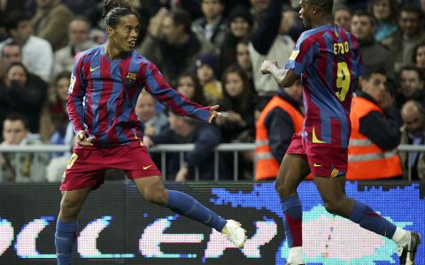 Eto Congratulates Ronaldinho On His Birthday