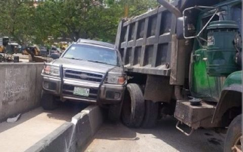 Truck Injures Five In Lagos