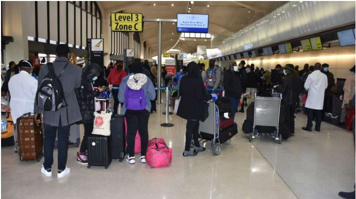 Nigerian Evacuees Back From US
