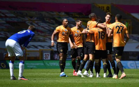 Wolves Beat Everton