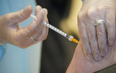 Netherlands Halts Use Of AstraZenaca Vaccine