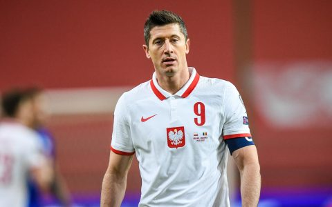 Robert Lewandoski Out Of World Cup Qualifier Against England