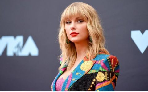 Taylor Swift Gets No 1 Spot