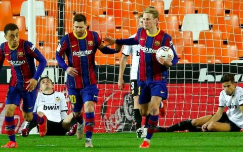 Messi Scores Brace As Barcelona Beat Valencia
